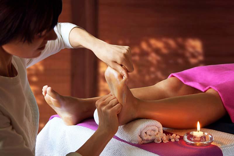 Рефлексотерапия и массаж стоп